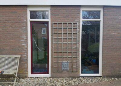 Alufox Kozijnen Zijkant rood wit Draai kiep raam