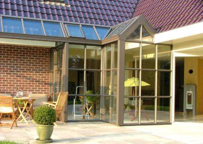 Alufox serre op maat met glazen dak buiten